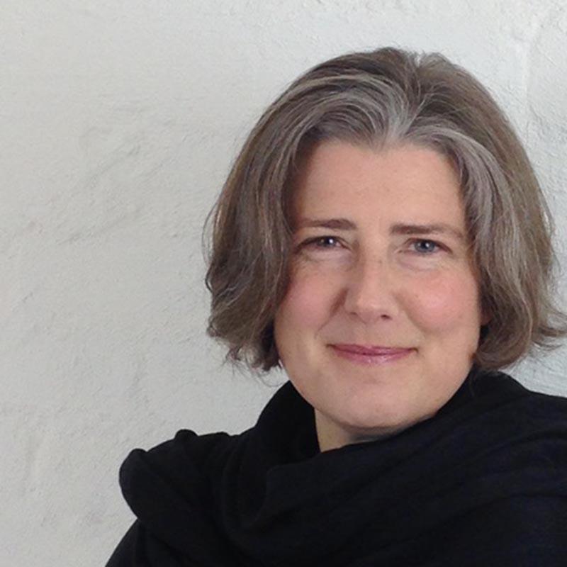 Dr Joanna Wright